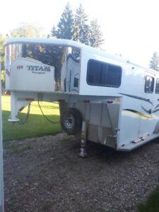 2009 Titan Renegade 3 Horse trailer. Excellent condition