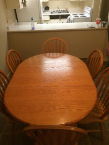 Dinning table +6 chairs