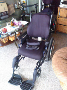 Wheel Chair Invacare 9000XT
