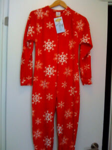 ONESIE FOOTED  PAJAMAS - BRAND NEW!!!!! HURRY!!! HURRY!!!!