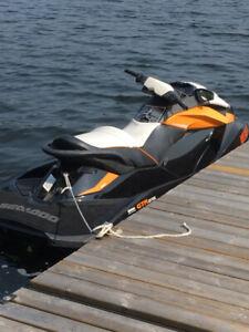 2012 GTR 215 SEA-DOO THREE SEATER