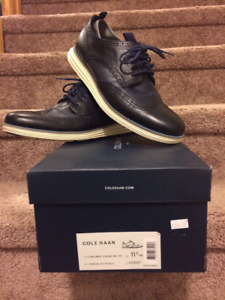 DESIGNER SUITS, JACKETS AND SHOES/COLE HANN NEW SHOES