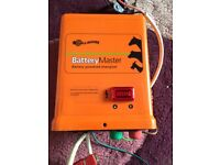 Electric fence energiser 12v
