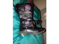 Walkright black boots 8