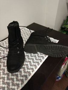 Winter boots - Madden Girl, size 10, perfect condition