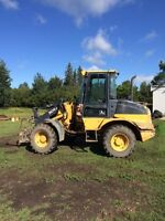 2005    304j mini wheel loader.