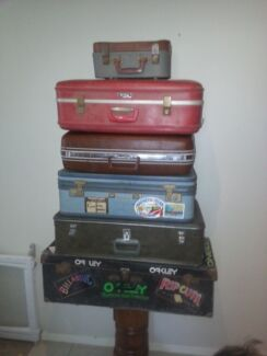 6 x Retro suitcases for display, props, storage Carseldine Brisbane North East Preview