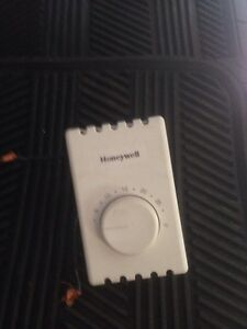 2 thermostats  Honeywell