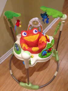 Exersaucer  / L'Exerciseur Fisher Price