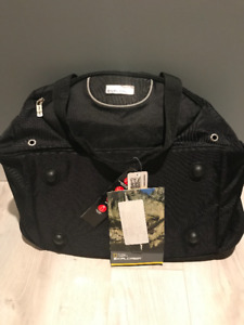 """National Geographic Explorer 22"""" Duffel Bag, New with Tags"""