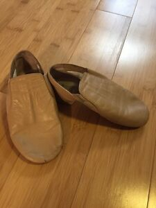 Girls  jazz shoes Kitchener / Waterloo Kitchener Area image 1