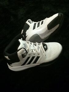 Adidas Basketball sneakers youth sz 2
