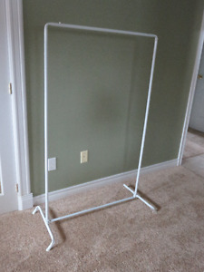 Portable Clothes Rack