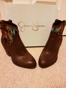 Brand new Jessica Simpson booties