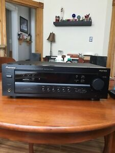 Pioneer surround receiver with remote