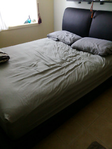 Matelas Queen\ queen matress