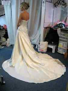 WEDDING GOWN ALTERATIONS - CUSTOM SEWING GREENBANK Kawartha Lakes Peterborough Area image 5