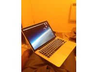 MacBook Early 2015, 13 inch Retina display 8GB, 128 SSD