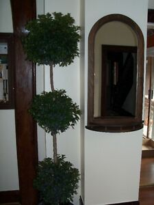 ****SOLID WOOD MIRROR- EXCELLENT CONDITION**** Stratford Kitchener Area image 1