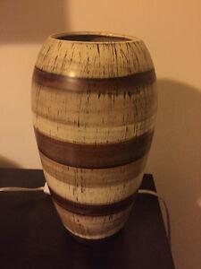 BEAUTIFUL VASE (ceramic)