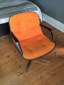 Vintage Orange Steelcase Office Tanker Desk Chair