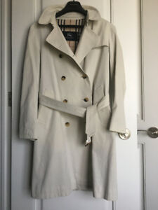 "BURBERRY LONDON belted trench in ""Stone"" – size 10/12"