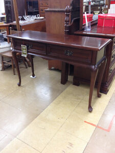 Gibbard Sofa / Hall Table