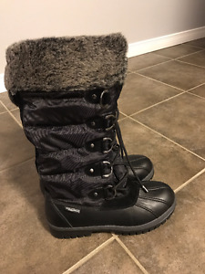 - Women's Winter boots  - Thinsulate Aquatherm (-30degrees)
