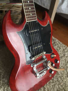 Gibson SG Classic w/Bigsby