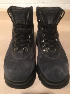 Women's Cougar Winter Boots Size 10 London Ontario image 2
