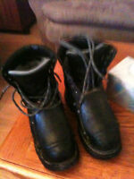 Mens steel toe work boots size 8 1/2