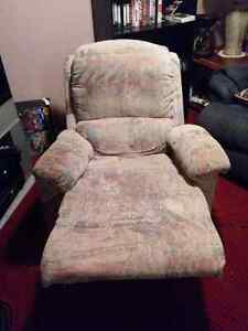 Couch and rocking recliner chair London Ontario image 4