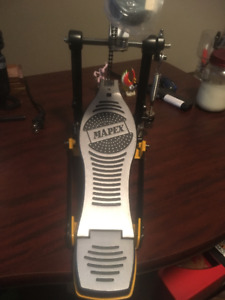 Mapex Drum Pedal and Arm Stand