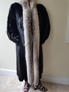 Fur Coat - Black Male Mink Pelts
