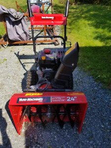 "NEW Yard Machines 24"" Snow Blower"