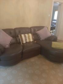 2 Piece Leather Suite