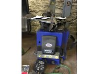 Tecalemit Tyre assisted arm machine changer and automatic wheel balancer machine