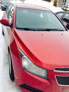 Chevrolet Cruze LT turbo 2011 parfaite condition.