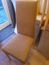 FREE 6 x dining chairs