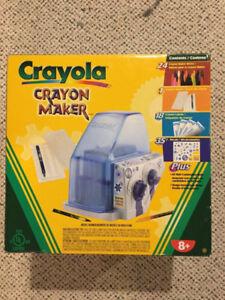 Crayola Crayon Maker & Crayons