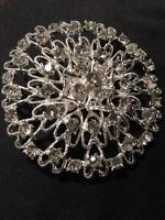 Flower Czech Crystal Wedding/Bridal Brooches.