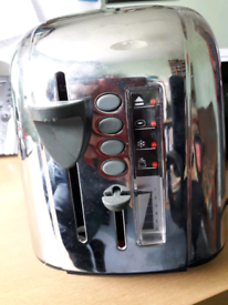 Russell Hobbs 4 slice electronic toaster