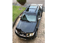 Nissan Navara 2.5 dCi Tekna Double Cab Pickup 4dr Hpi Clear