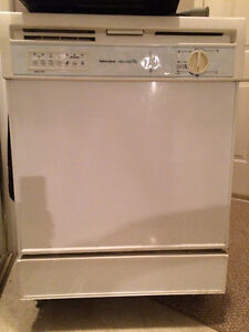 White Kenmore dishwasher