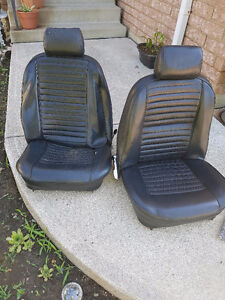 seats for 1974 tr6