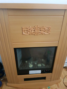 ELECTRIC FIREPLACE- (USED) (NOT WORKING) (FOR REPAIR OR DECOR)
