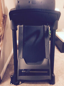 Livestrong treadmill like new condition London Ontario image 3