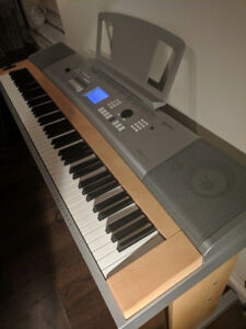 Yamaha Piano DGX-620 + Stand+ Pedal + Bench (88 Weighted Keys)
