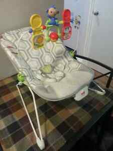 Fisher Price Baby Bouncer Chair With Vibration Edmonton Edmonton Area image 2