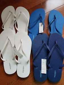 13 pairs of New Flip Flops - Great Wedding Favour